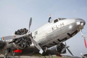 vliegtuig douglas dc-2 aviodrome lelystad airport